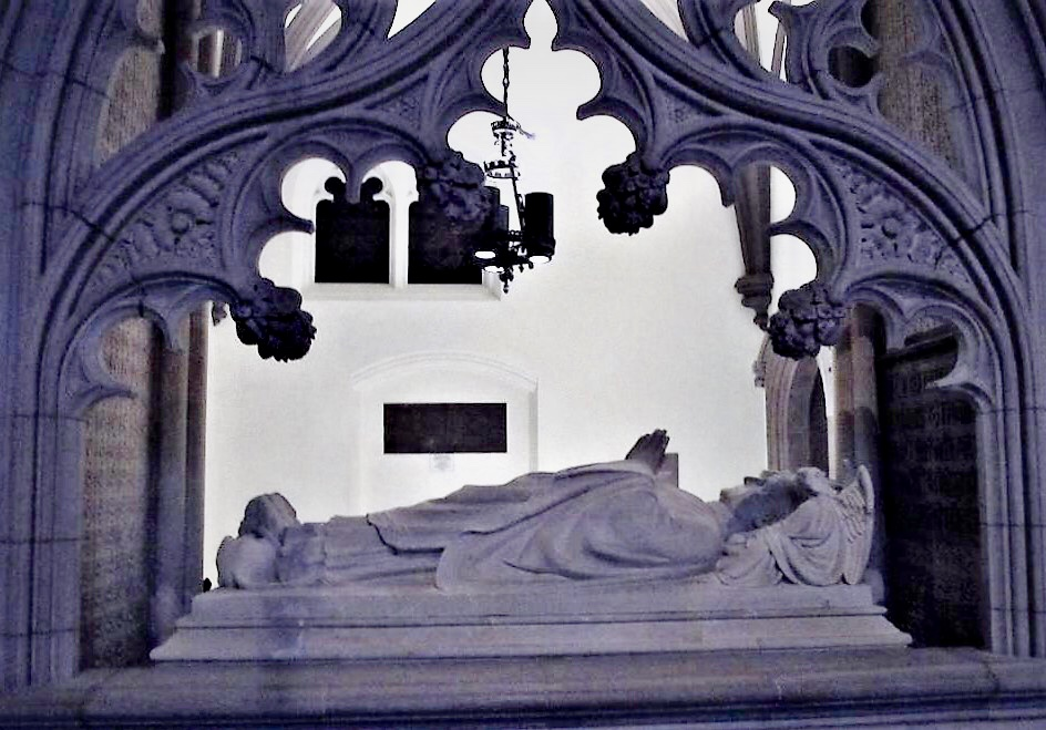 Sarcophagus of Bishop Benjamin Tredwell Onderdonk, Trinity Church.